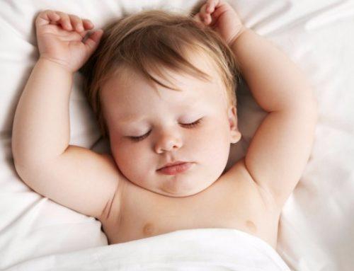 ¿Cómo afecta el cambio de horario en el sueño en la primera infancia?